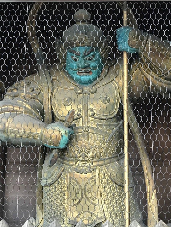 高尾山薬王院の像