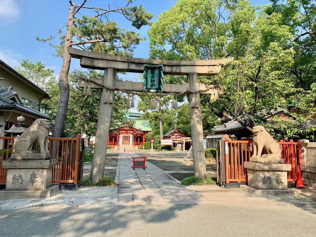 港住吉神社の鳥居