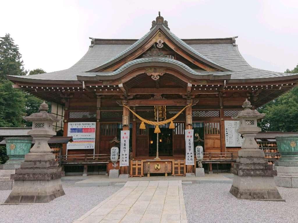白鷺神社の本殿