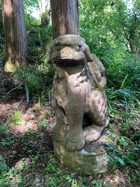 峯寺の狛犬