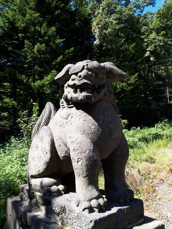 獅子内神社の狛犬