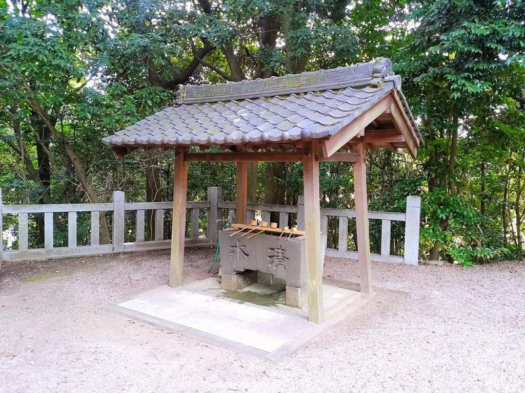 八幡神社(草木八幡社)の手水