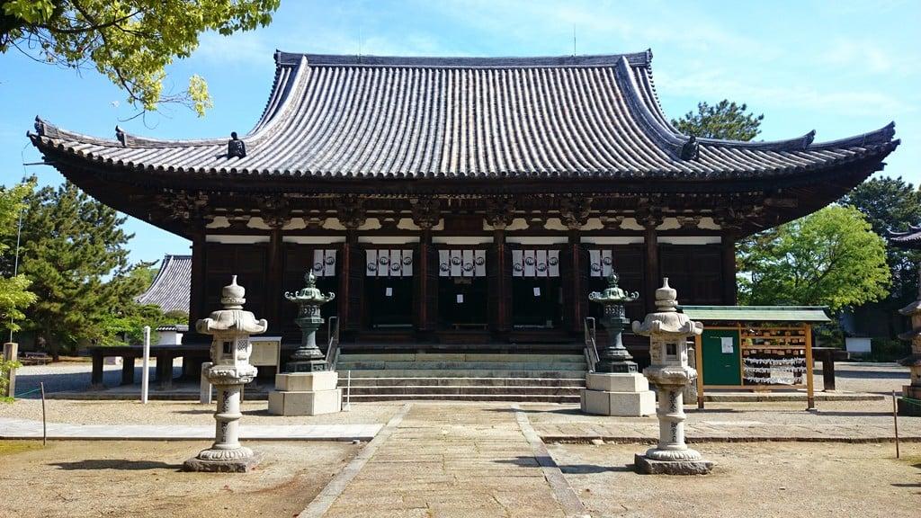 鶴林寺(兵庫県)