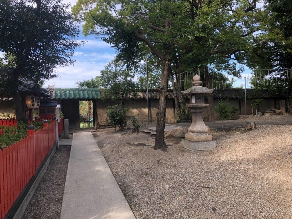 片埜神社の建物その他