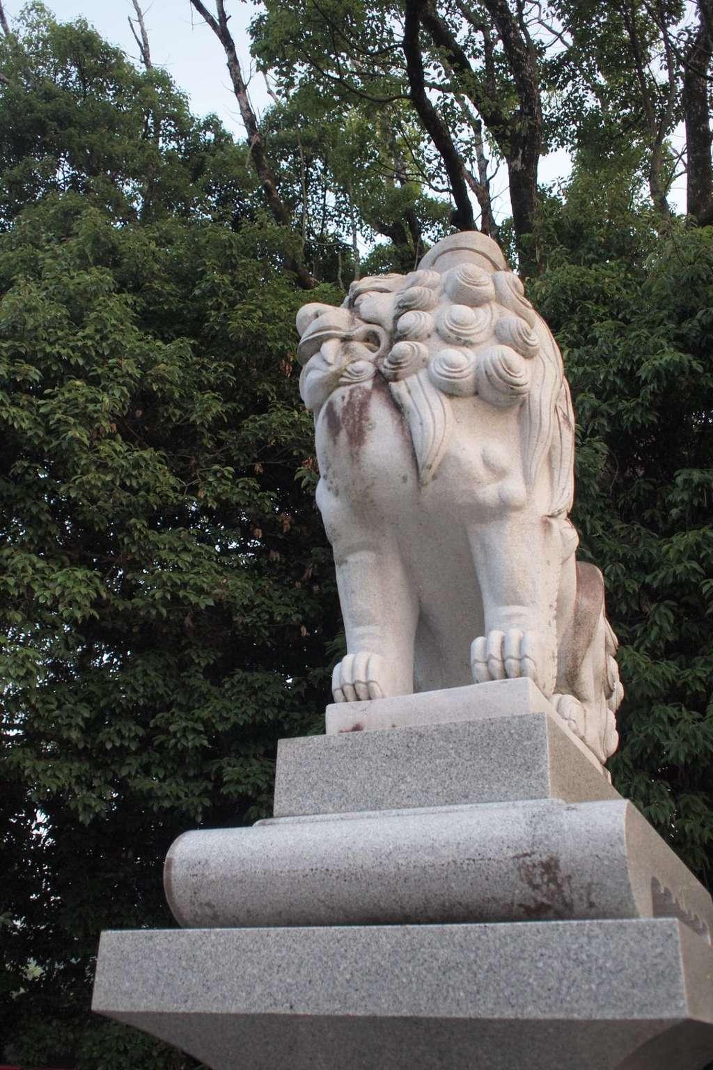 宇佐神宮の狛犬