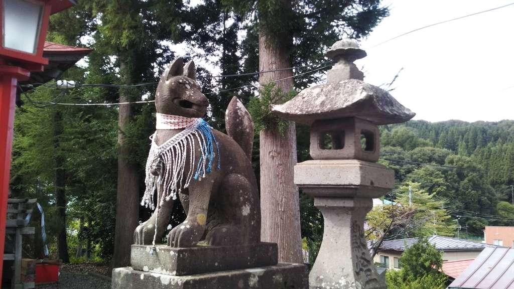 巽山稲荷神社の狛犬