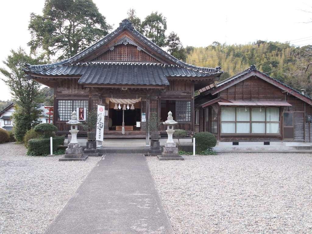 机崎神社の本殿