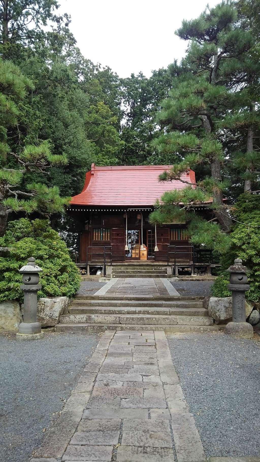 月岡神社の本殿