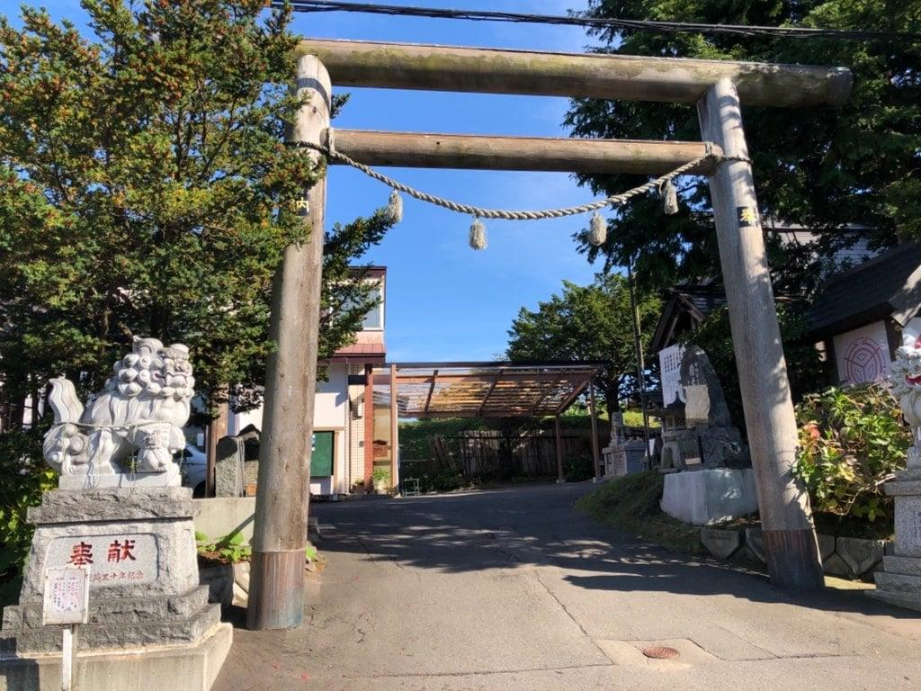 森三吉神社の鳥居