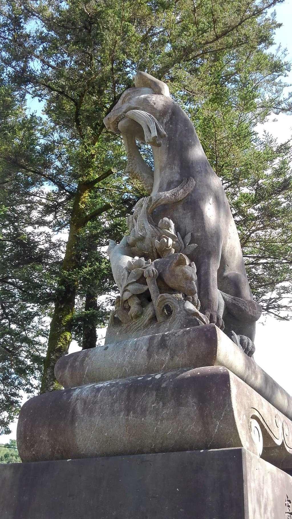 祐徳稲荷神社の狛犬