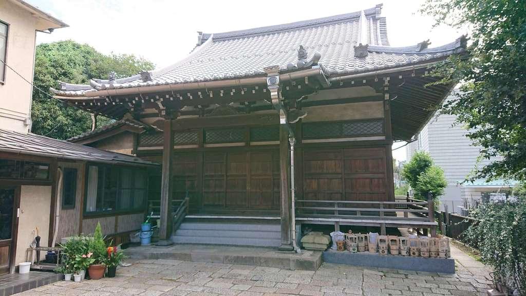 常瑞寺の本殿