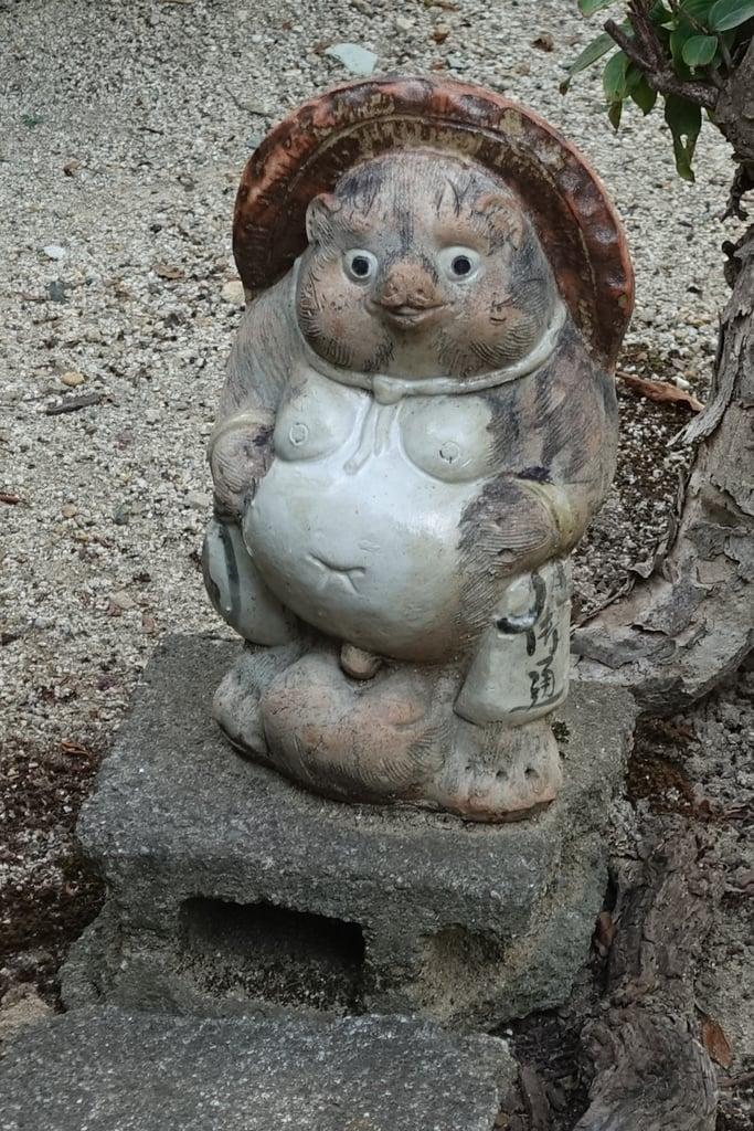 市軸稲荷神社の狛犬