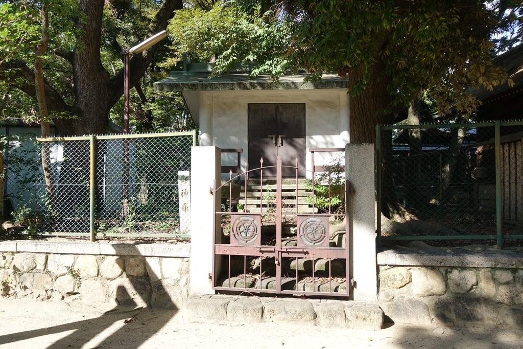 原田神社の建物その他