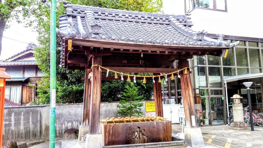 深川神社の手水