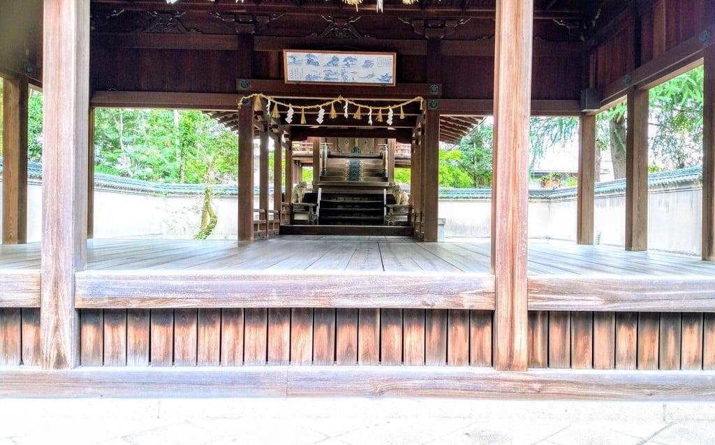 深川神社の本殿