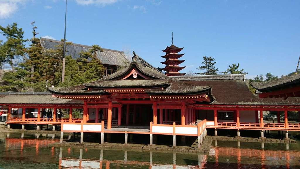 厳島神社(広島県)