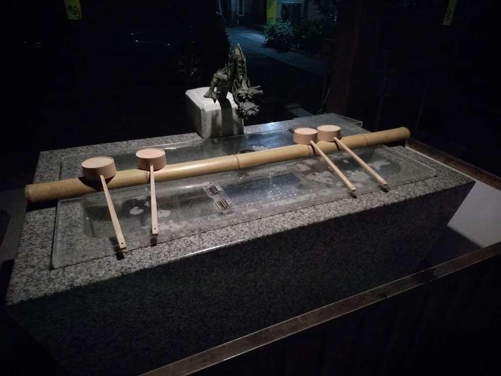 三吉神社の手水