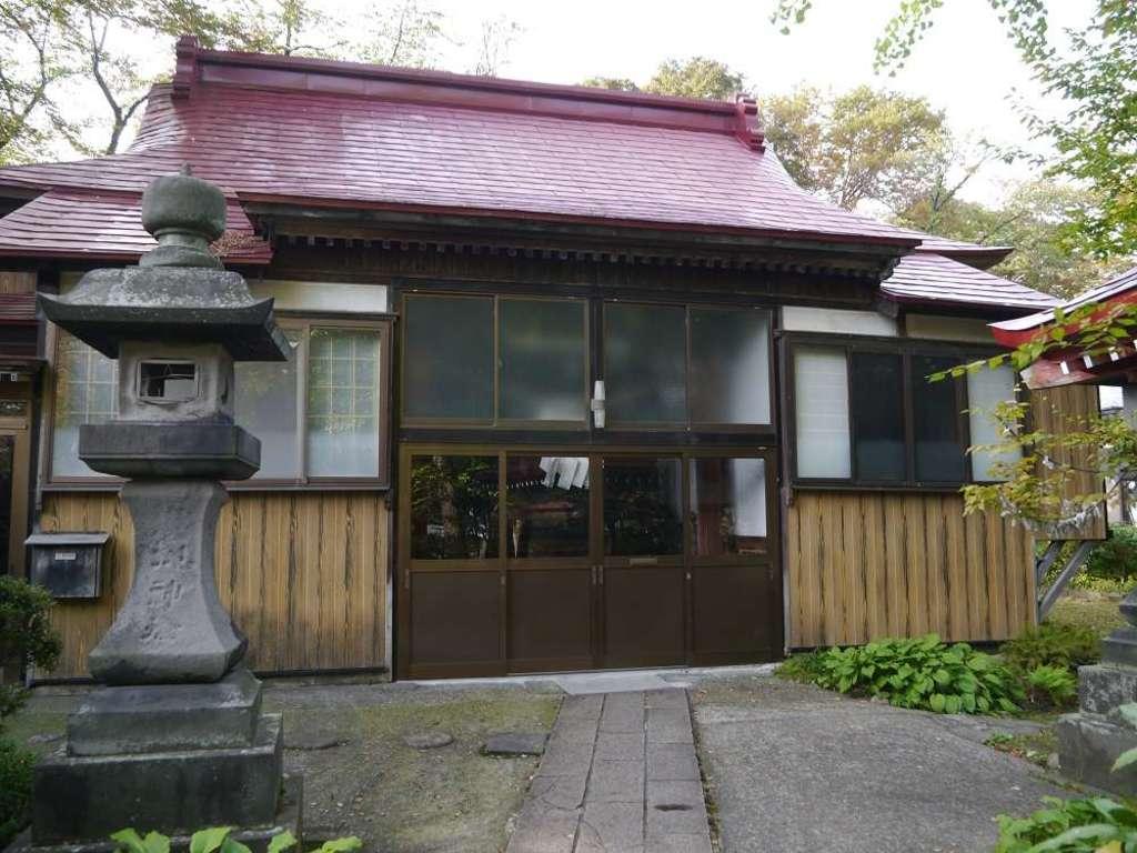 与次郎稲荷神社の本殿