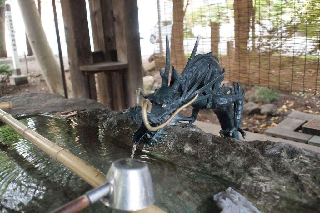 琴似神社の手水