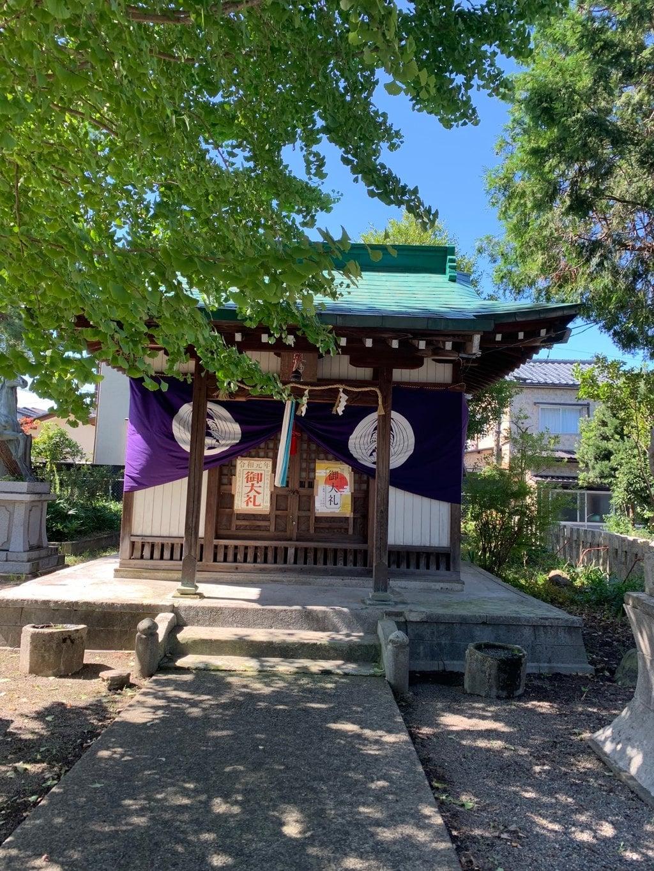 世直神社の本殿