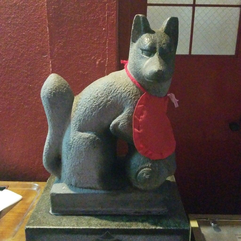 豊岩稲荷神社の狛犬