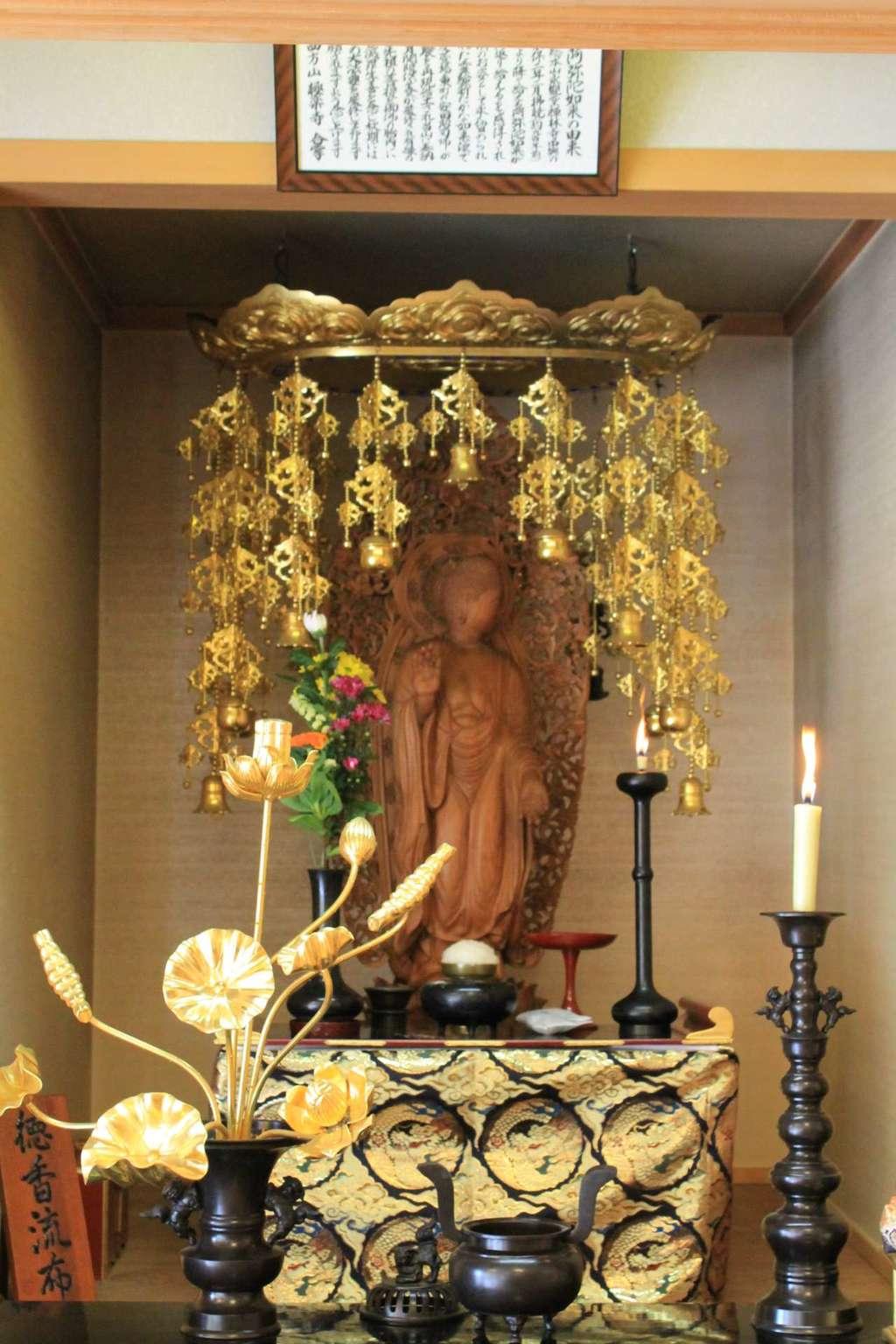 西方山極楽寺の仏像