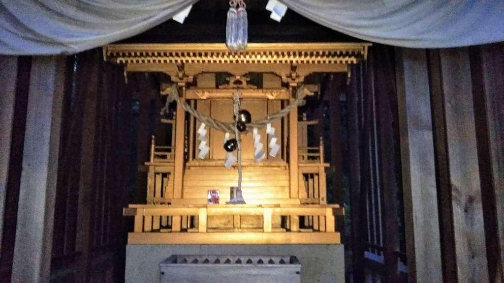 榊山稲荷神社の本殿