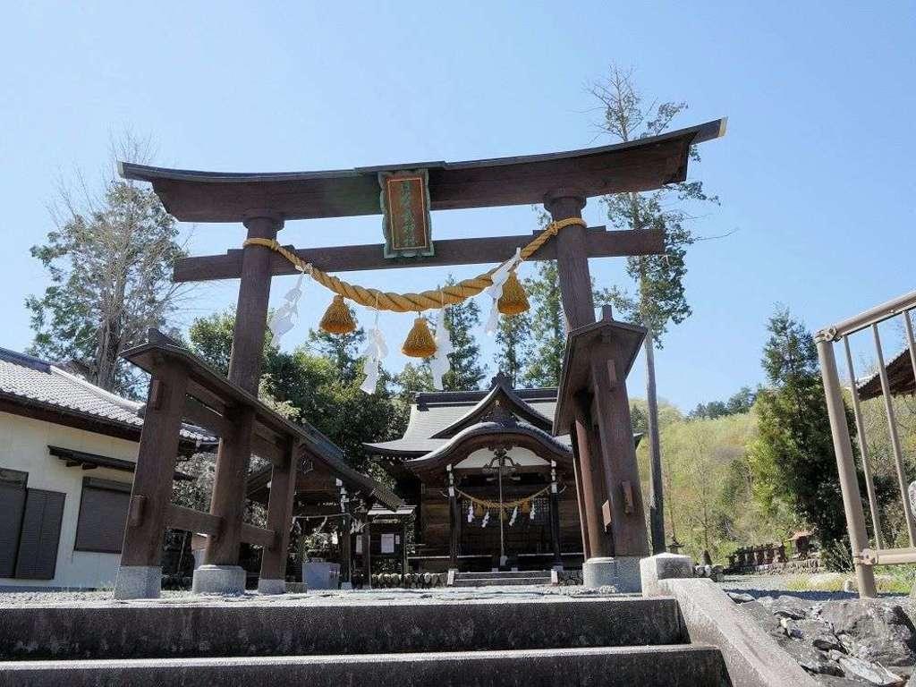 日本武神社の鳥居