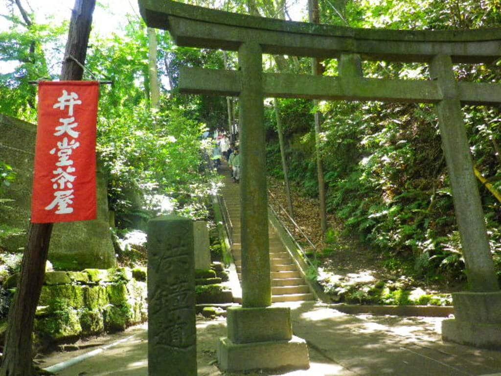 円覚寺の鳥居