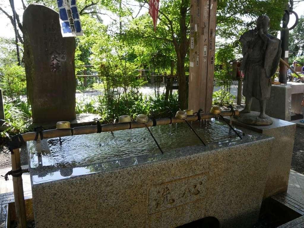 高尾山薬王院の手水