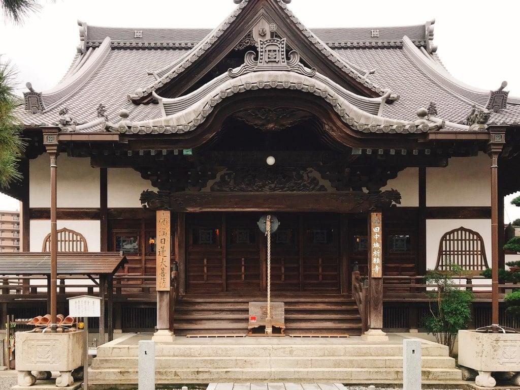 大慶寺の本殿