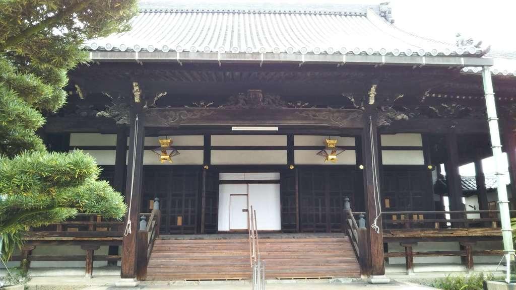 慈願寺の本殿