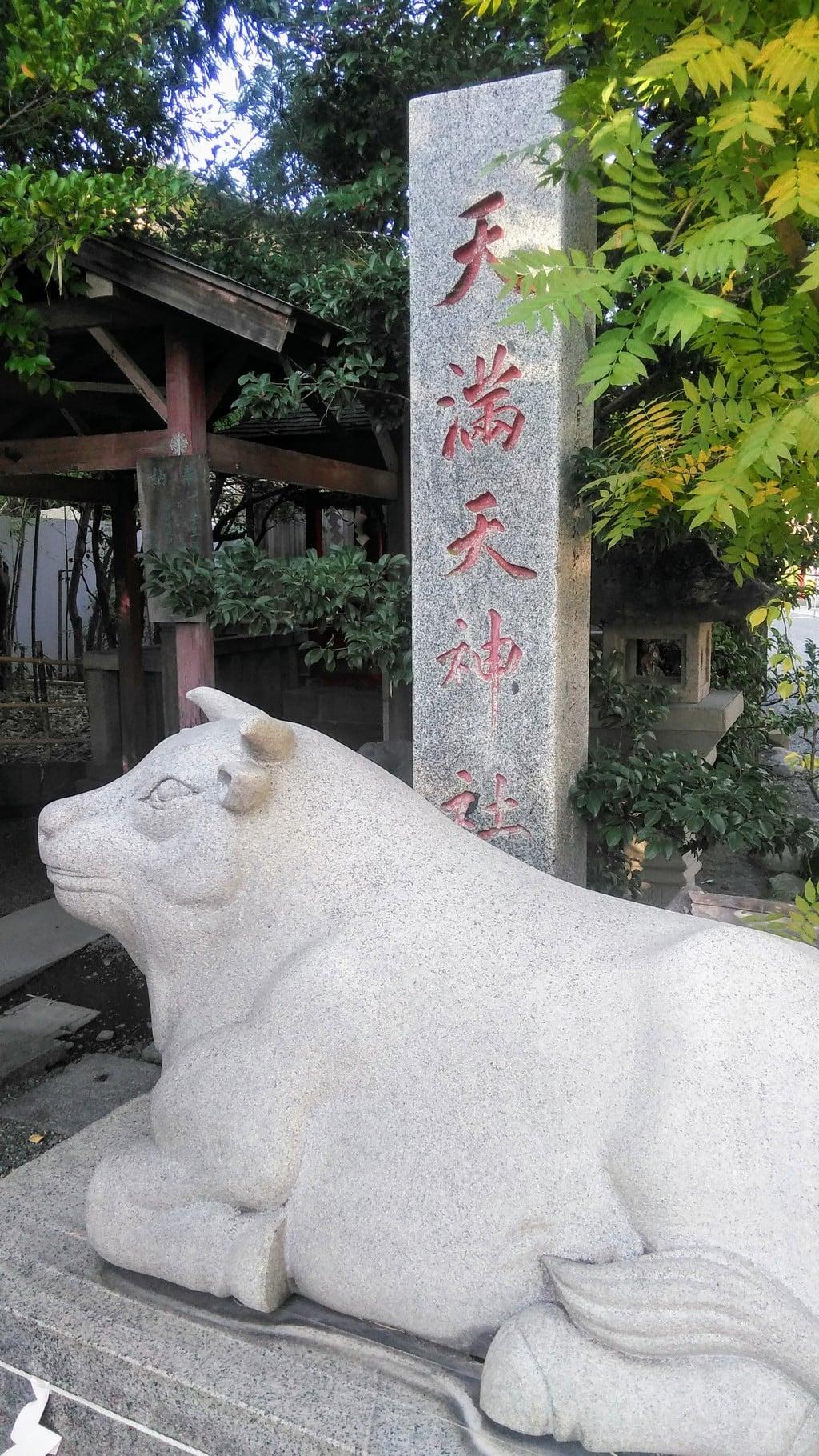 稲積神社の狛犬