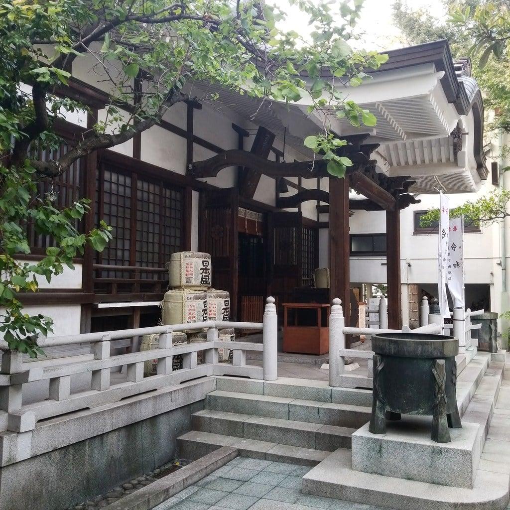 鳥越神社の本殿