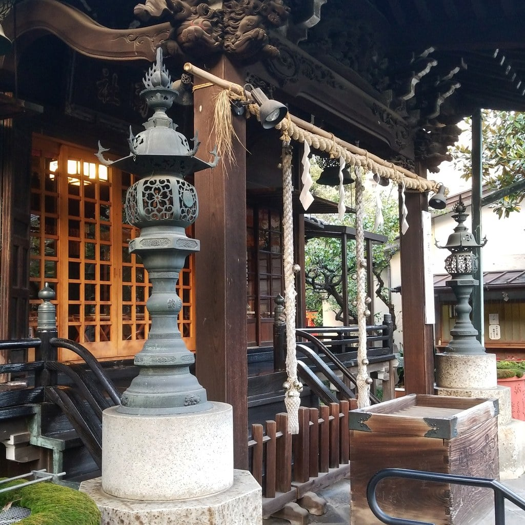 三囲神社(三越神社)の本殿