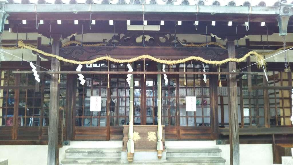 跡部神社の本殿