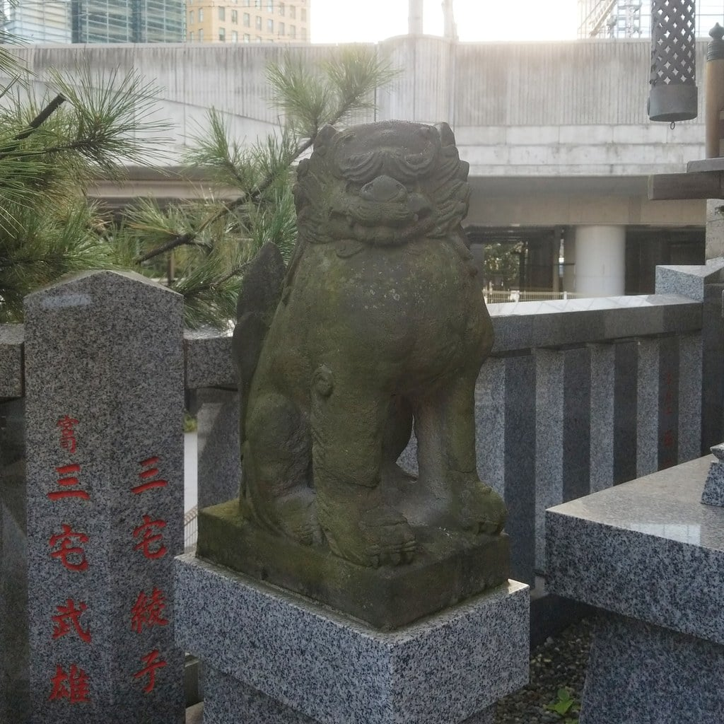 日比谷神社の狛犬