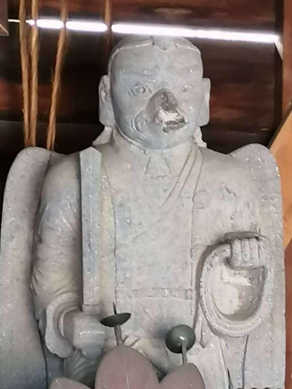 武蔵第六天神社の像