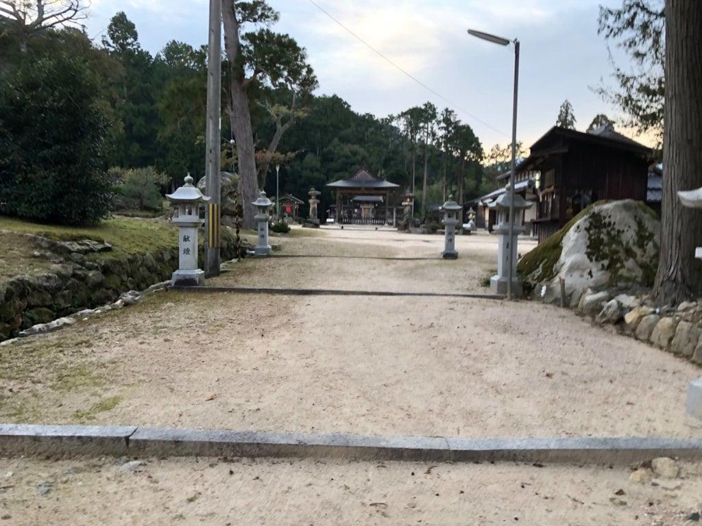 水尾神社の建物その他
