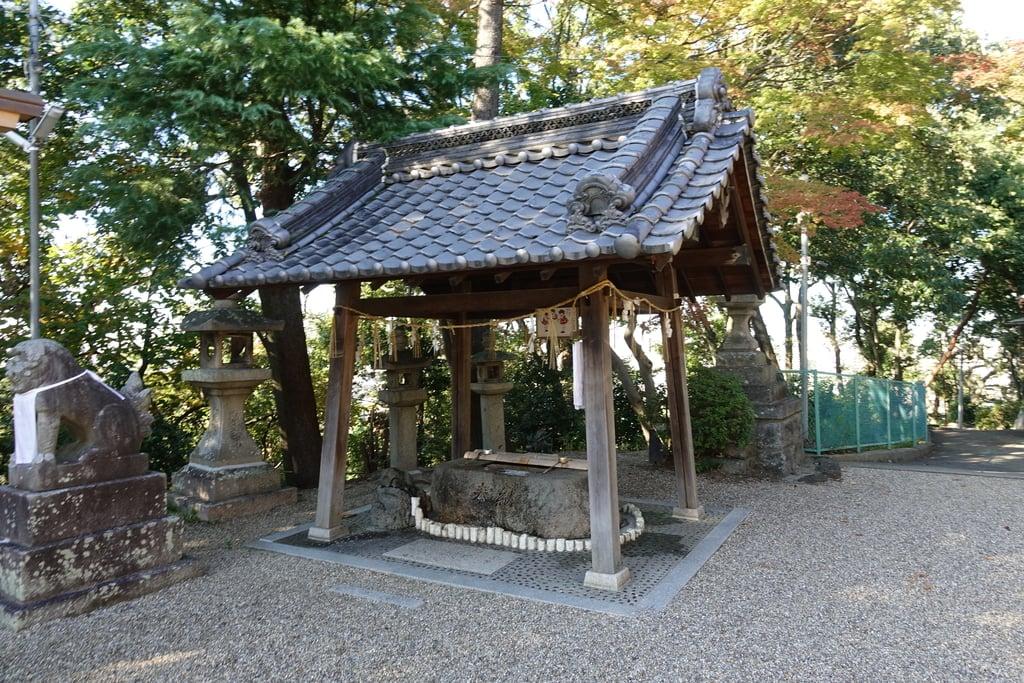 国中神社の手水