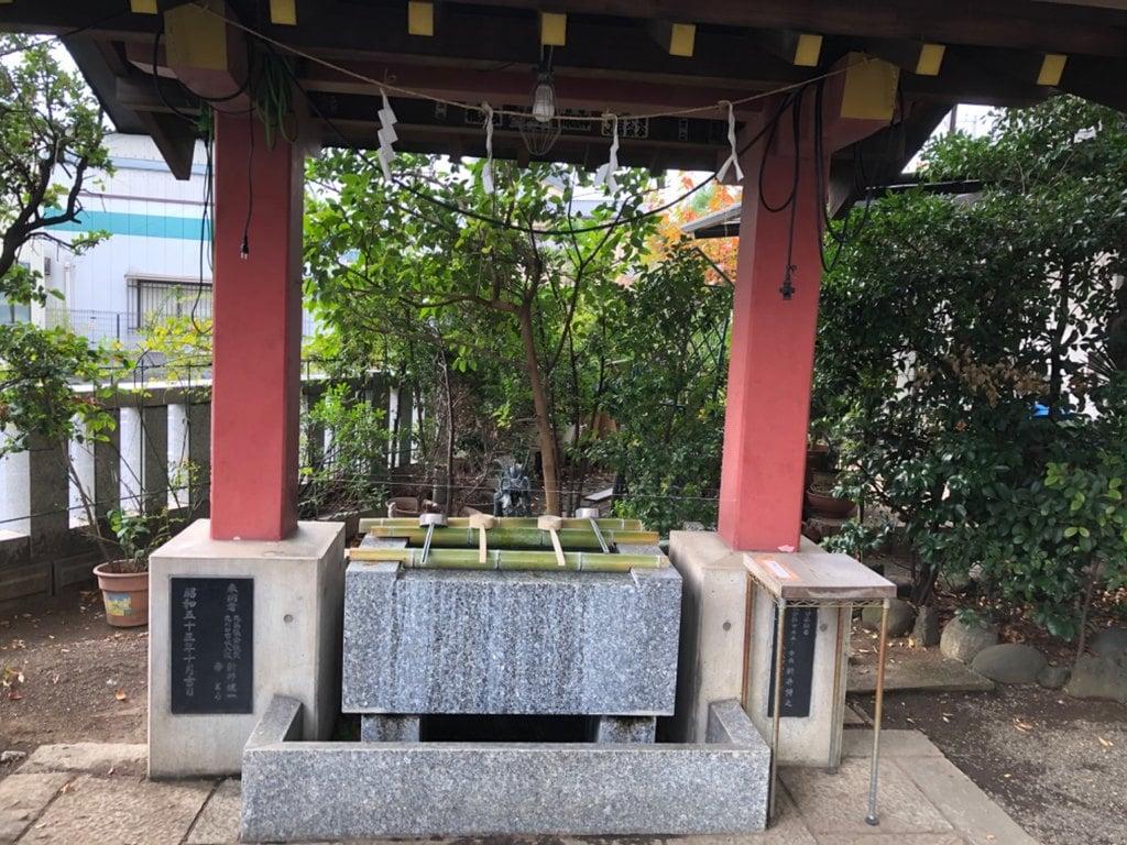 前川神社の手水