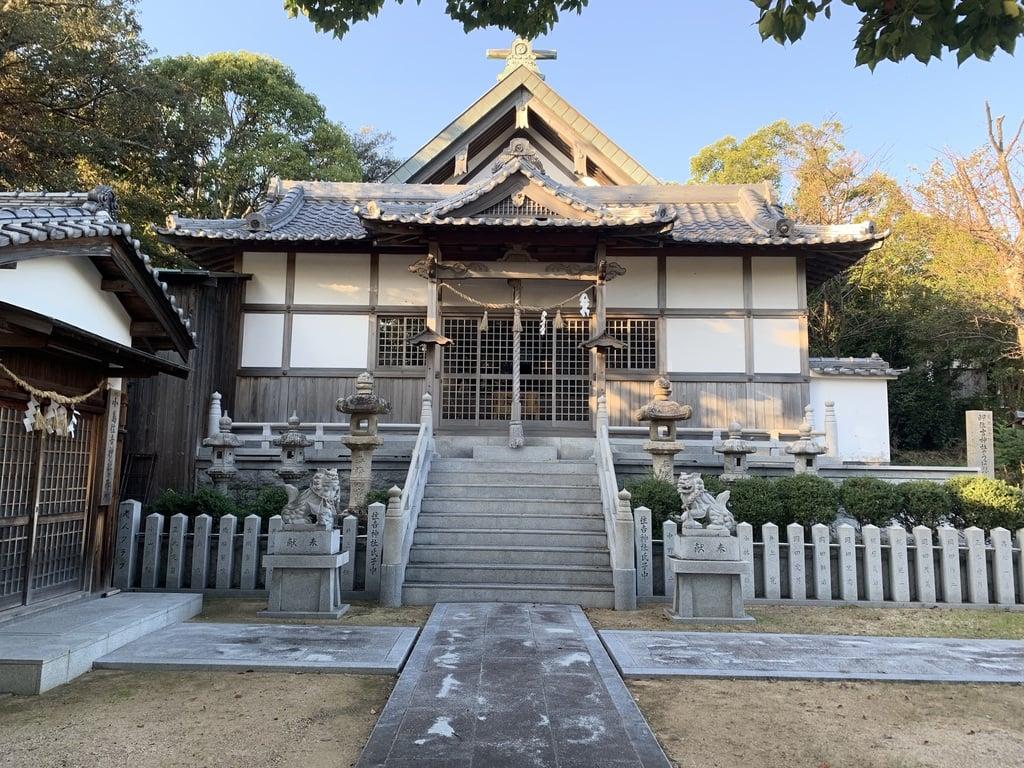 岬住吉神社の本殿