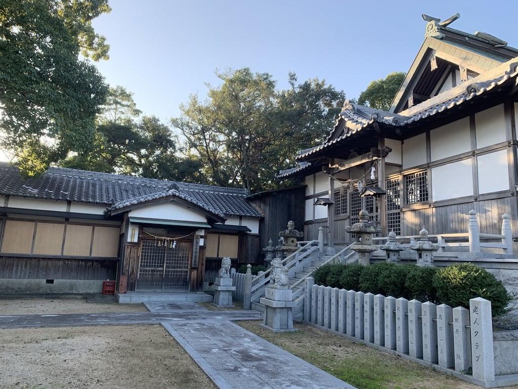岬住吉神社の建物その他