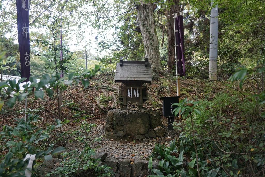 唐澤山神社の末社