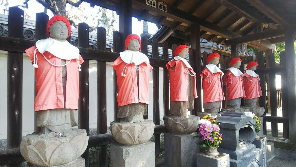 宝蔵寺の地蔵