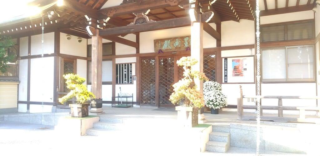 善養寺の本殿