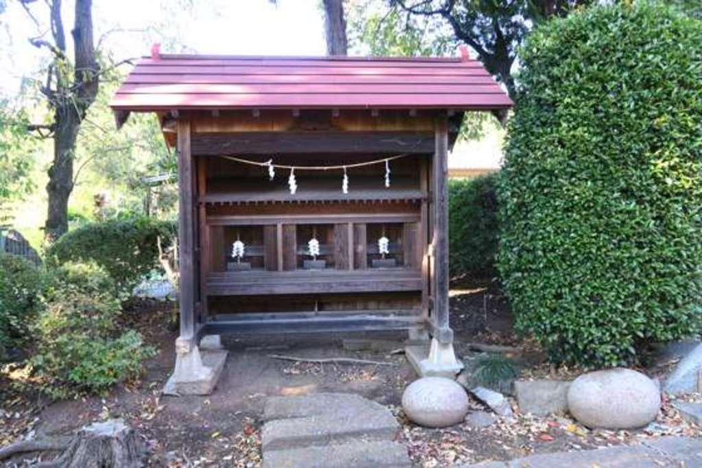 安行氷川神社の建物その他