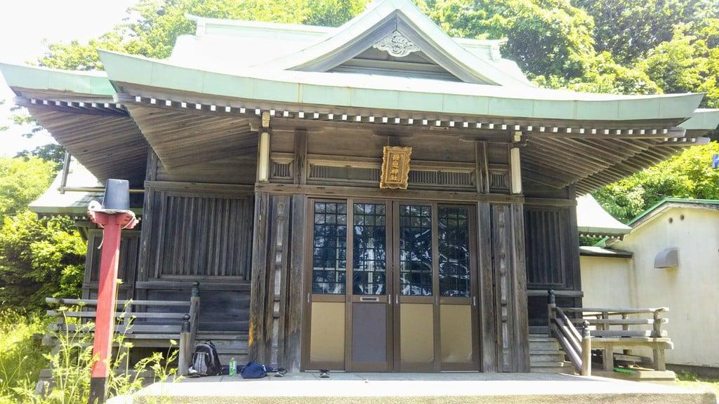 母恋神社の本殿