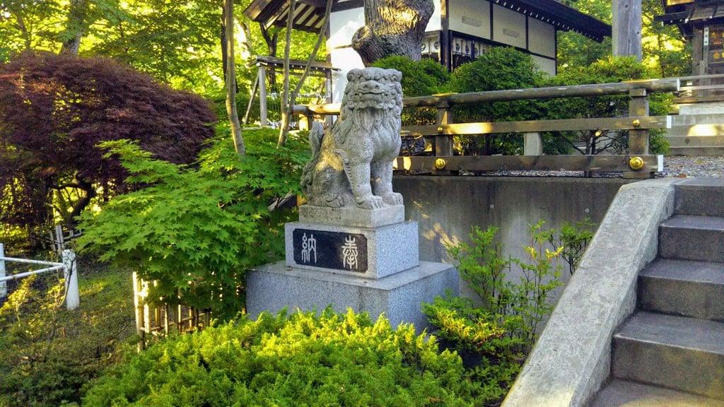 本輪西八幡神社の狛犬
