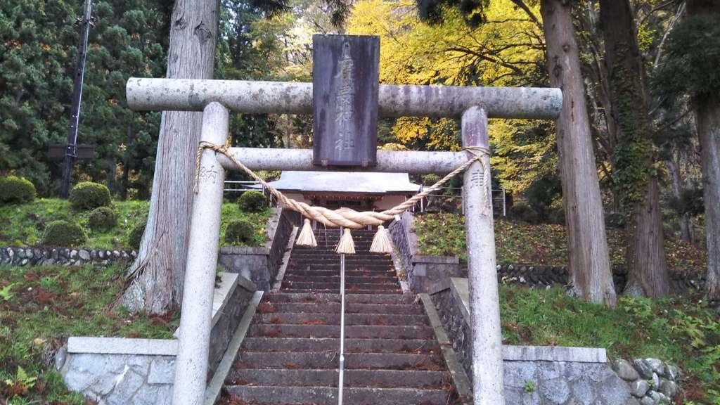 鹿妻神社の鳥居